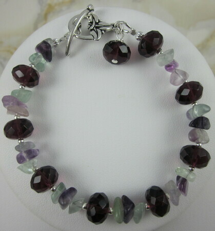 Fluorite and amethyst faceted quartz bracelet