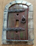Medieval castle door toggle lightswitch cover - single